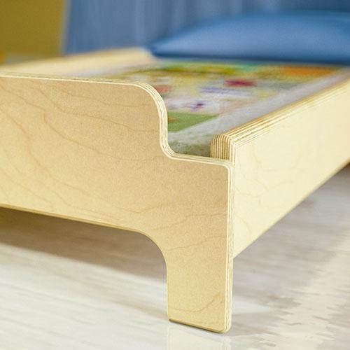 Mobiliario para el descanso, camas para escuelas infantiles, guarderia, material escolar infantil.