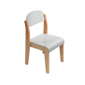 Silla infantil de madera blanca con bordes redondeados GA0246802