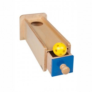 Caja de permanencia con cajón y bola, GM251N000, material montessori, material 0-3 años, material escolar infantil.