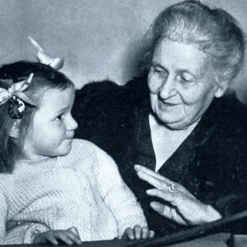 Maria Montessori, fundadora montessori, método montessori, material escolar infantil.